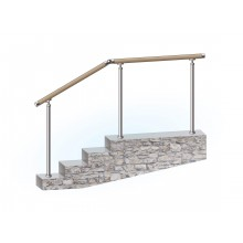 Перила из нержавеющей стали с деревянным поручнем на стойках через 2 ступени