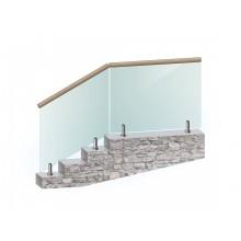 Перила из закалённого стекла на напольном стеклодержателе с поручнем из дерева