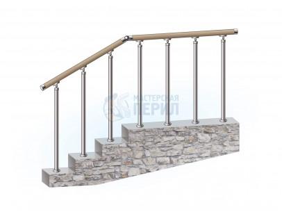 Перила из нержавеющей стали с деревянным поручнем на стойках на каждую ступень КОМБИ